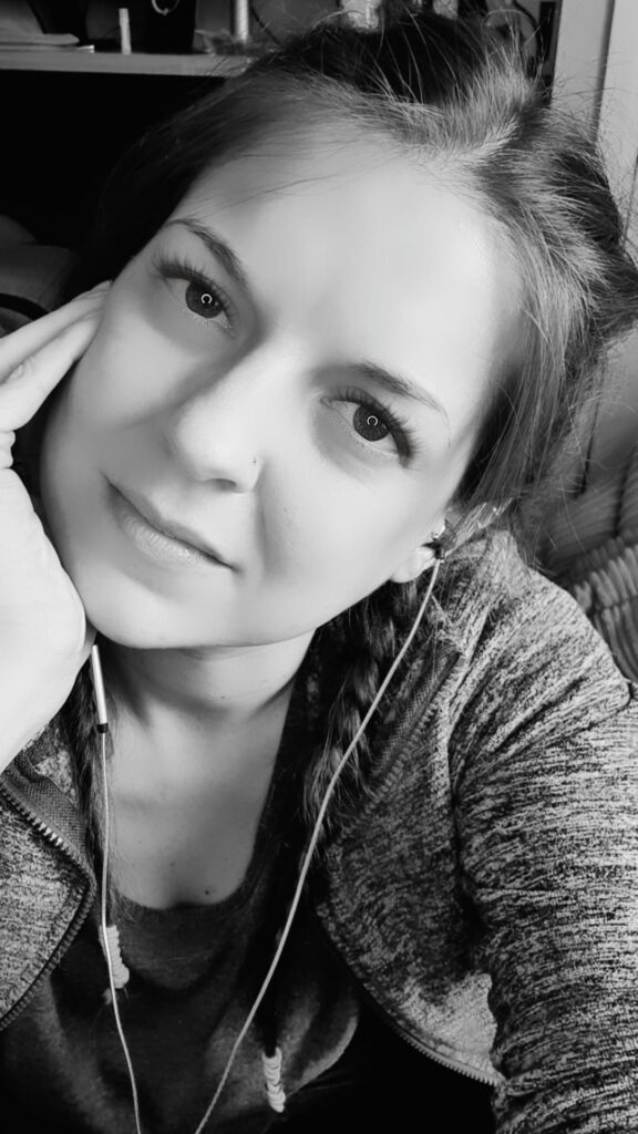 Sarah Tamsin Black & White